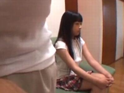 【変態】ロリの女性の、ハメ撮り種付け無料エロ動画。
