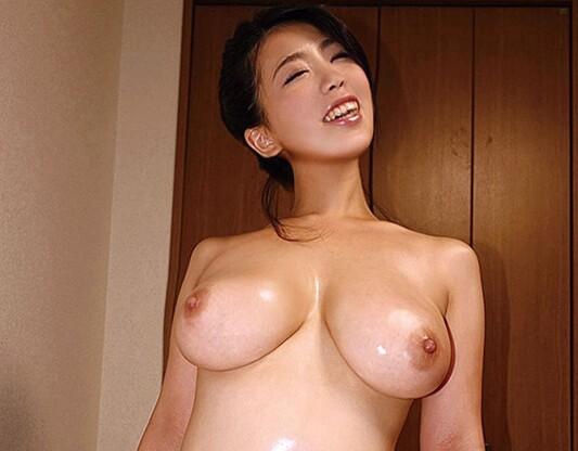 【美女 電マ羞恥】巨尻で巨乳の美女素人の、電マ羞恥介護プレイがエロい。まさにパーフェクト!【おっぱい】
