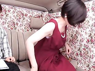 【おっぱい】色白な巨乳で四十路のおばさん美女の、不倫アクメ膣内射精無料H動画!【セックス、痙攣、浮気、中出し、パイズリ動画】
