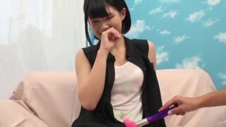【美少女 激イキ電マ】美人でエロい美乳の美少女お姉さんの、激イキ電マプレイエロ動画!!【エロ動画】