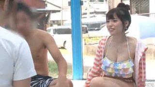 スケベな素人美女の、中出し素股マッサージ無料H動画!【素人、美女、女子大生動画】