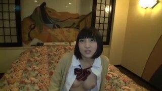 【エロ動画】淫乱でHな制服姿の女子校生、広瀬うみの中出しフェラ痙攣プレイがエロい。