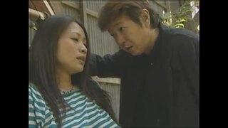 【友田真希 拘束調教】美人でHな巨乳の人妻、友田真希の拘束調教プレイが、野外で。まさにパーフェクト!【変態】