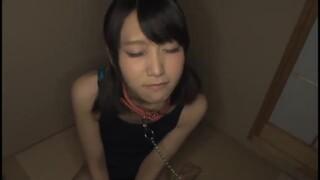 スレンダーなスク水姿の女子大生の、拘束辱め奴隷無料H動画!【女子大生動画】