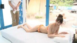 MM号にて、スレンダーなデカパイの素人美女の、寝取られSM中出し無料エロ動画。【素人、美女動画】