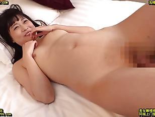 スレンダーな貧乳のお姉さん素人の、セックス中出し無料動画!【お姉さん、素人、女子大生動画】