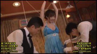 スレンダースケベなドレスで美乳で巨乳のギャル素人の、着エロ拘束無料動画!【ギャル、素人動画】