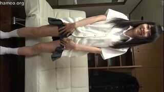 スレンダーなパイパンで美乳の美少女女子校生、土屋あさみの中出しエロ動画。【土屋あさみ動画】