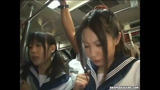 【女子校生 羞恥】制服姿の女子校生美少女の、痴漢3Pフェラプレイエロ動画。