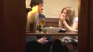 素敵スレンダーな美脚で美尻の女性の、キスフェラ露出無料H動画。【羞恥、凌辱動画】