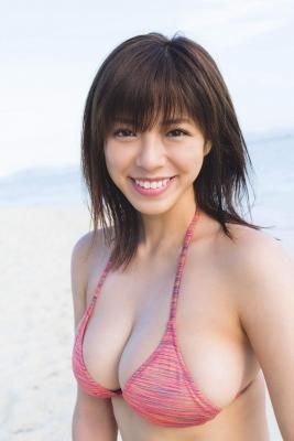Minami Wachi swimsuit bikini gravure 90cm Hcup grader elegantly fascinated006