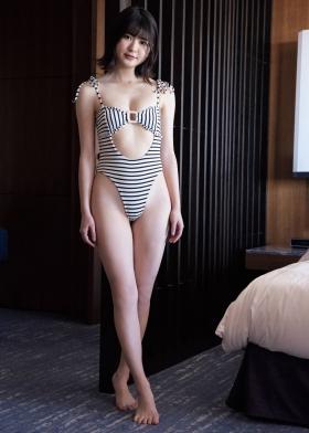 Nami Yamada Celebration swimsuit gravure003
