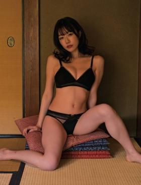Yuka Kominato Swimsuit Bikini Gravure The most operated companion in Japan 2021004