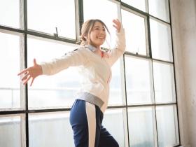Mariri Okutsu Swimsuit Underwear Gravure Stage practice at dawn 2021004