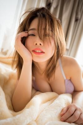 Mariri Okutsu Swimsuit Underwear Gravure Stage practice at dawn 2021007