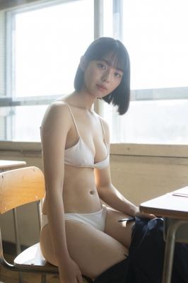 "Kikuchi Hina Swimsuit Gravure ""Miss Maga 2020 Youngest Active JK Vol2 2021012"
