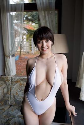 Konno Shiori swimsuit bikini gravure whipped H cup010