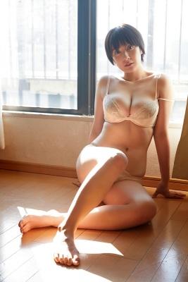 Konno Shiori swimsuit bikini gravure whipped H cup013
