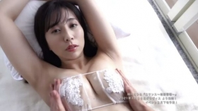 Chihiro MidorikawaThe neat and tidy concierge offers you a oneonone and intimate hospitality022