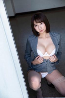 Saki Ogata swimsuit bikini gravure Embodying the fantasies of men012