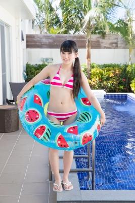 Hinako Tamaki swimsuit bikini gravure pool floatation ring40002