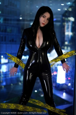 Revealing Costume Rider Suit Woman Cosplay003