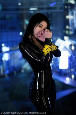 Revealing Costume Rider Suit Woman Cosplay004