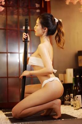 Underwear Image Cosplay Sarashi Wooden Sword Wood Blade041