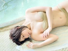 Amatsusama swimsuit bikini gravure Two people First hot spring trip 2021012
