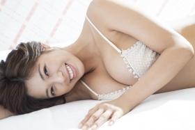 Minami Wachi swimsuit bikini gravure Current college student grador with a mature look015
