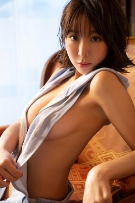 Aoi Hinata swimsuit bikini gravure Spring will soon be here 2021008