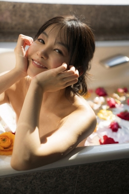 Haruna Yoshizawa Swimsuit Bikini Gravure Adult Hotel Suite Aya Natsume Vol3012