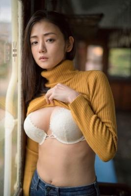 Momi Katayama If I were a man Id probably wear a hand bra007