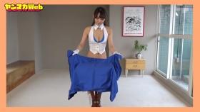 Yuki Mitera in blue swimsuit bikini and table magic 2021060