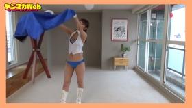 Yuki Mitera in blue swimsuit bikini and table magic 2021082