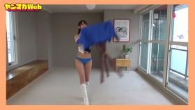 Yuki Mitera in blue swimsuit bikini and table magic 2021086