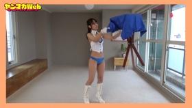Yuki Mitera in blue swimsuit bikini and table magic 2021089