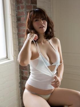 Sayaka Isoyama swimsuit bikini gravure marshmallow body that continues to evolve 2021004