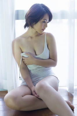 Sayaka Isoyama swimsuit bikini gravure marshmallow body that continues to evolve 2021008