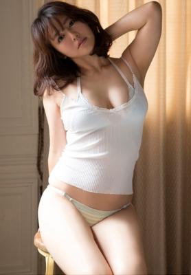 Sayaka Isoyama swimsuit bikini gravure marshmallow body that continues to evolve 2021012