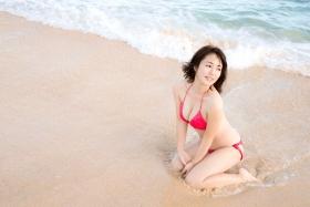 Sayaka Isoyama swimsuit bikini gravure marshmallow body that continues to evolve 2021015