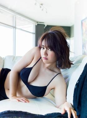 Sayaka Isoyama swimsuit bikini gravure marshmallow body that continues to evolve 2021028
