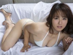 Sayaka Isoyama swimsuit bikini gravure marshmallow body that continues to evolve 2021030