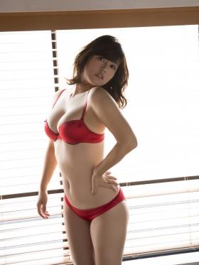 Sayaka Isoyama swimsuit bikini gravure marshmallow body that continues to evolve 2021041