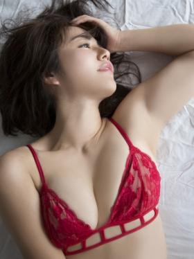 Sayaka Isoyama swimsuit bikini gravure marshmallow body that continues to evolve 2021043