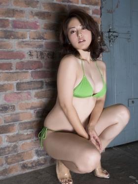 Sayaka Isoyama swimsuit bikini gravure marshmallow body that continues to evolve 2021044