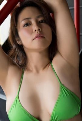 Sayaka Isoyama swimsuit bikini gravure marshmallow body that continues to evolve 2021047
