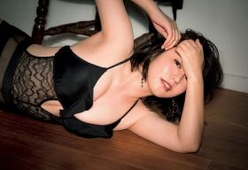 Sayaka Isoyama swimsuit bikini gravure marshmallow body that continues to evolve 2021055