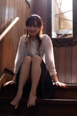Ayano Kuroki Gakushuin graduateDeepwindowed bikini girl charmed clean and beautiful in her second photo book 2021007