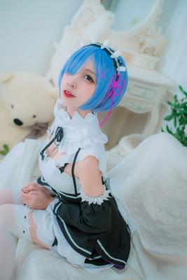Cosplay Swimsuit Style CostumeRe Zero to Hajime Isekai Seikatsu Maid Costume010